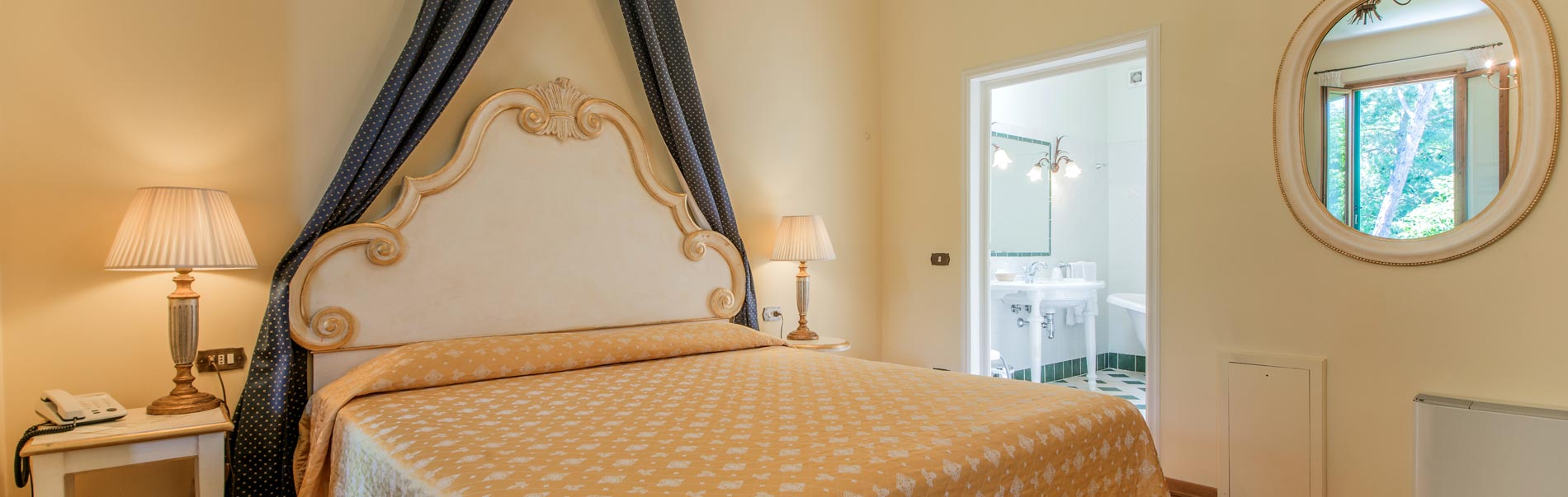 Residence Michelangiolo, luxury quiet rooms with cooking facilities and parking in Florence